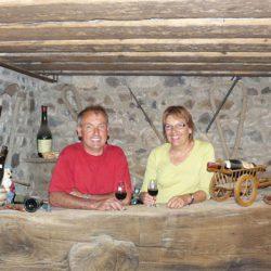Josette et Rémy SAVOYE vignerons coopérateurs  à Jullié