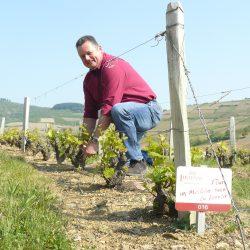 Jean-Marc BESSONE vigneron coopérateur à Juliénas